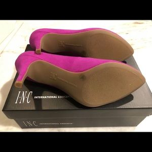 INC Women's Zitah Pointed Toe Pump Size 8M
